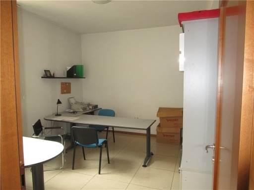 Ufficio in Affitto a Scandicci zona  - immagine 3