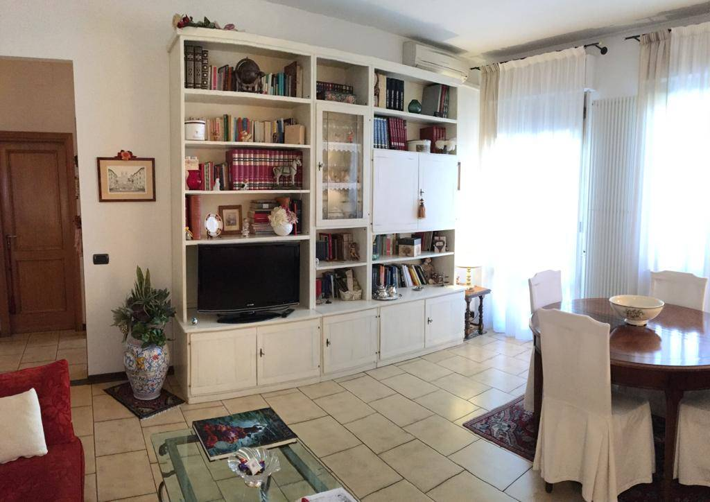 Appartamento in Vendita a Campi bisenzio zona  - immagine 5