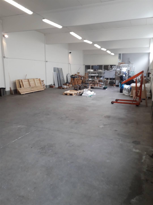 Magazzino in Affitto a Poggio a caiano zona Granaio - immagine 8