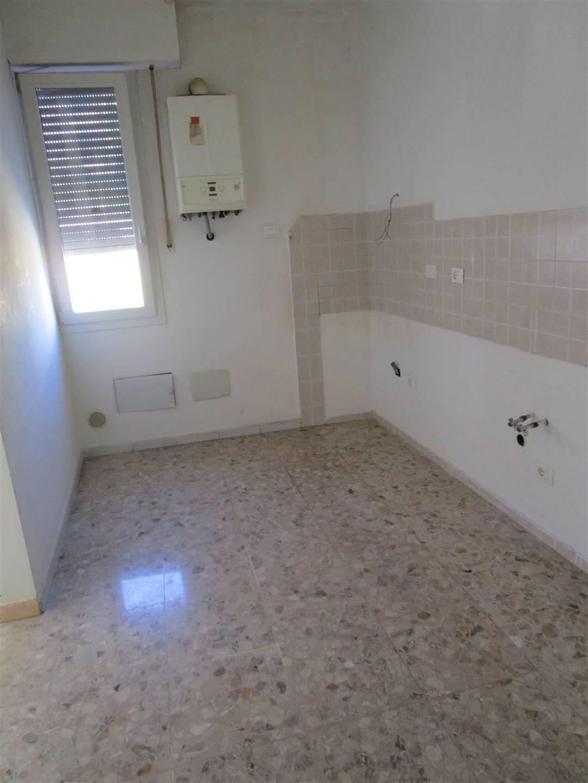 Appartamento in Affitto a Campi bisenzio zona  - immagine 7