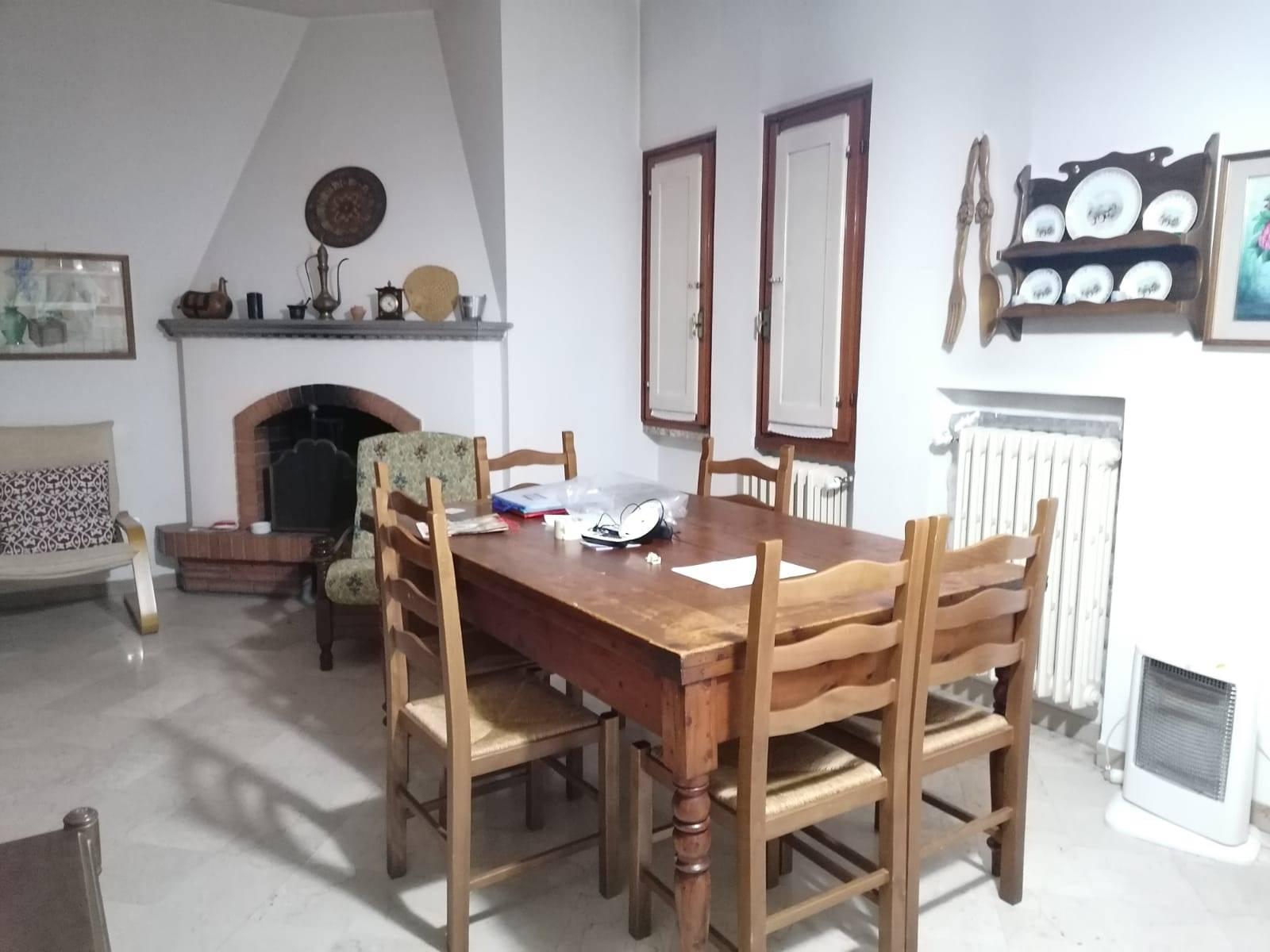 Villa in Vendita a Campi bisenzio zona  - immagine 8