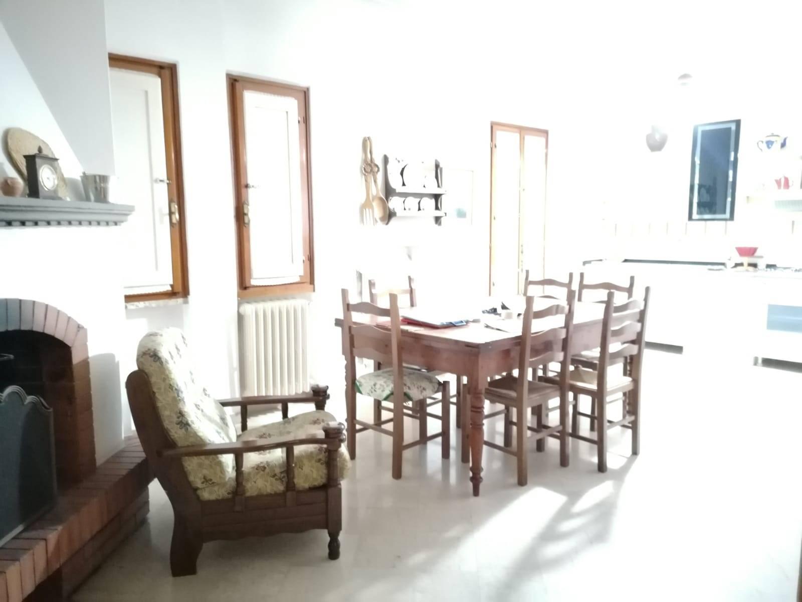 Villa in Vendita a Campi bisenzio zona  - immagine 7