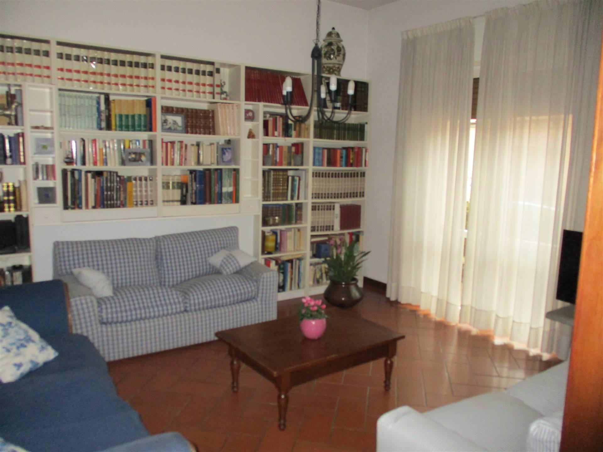 Appartamento in Vendita a Signa zona  - immagine 2