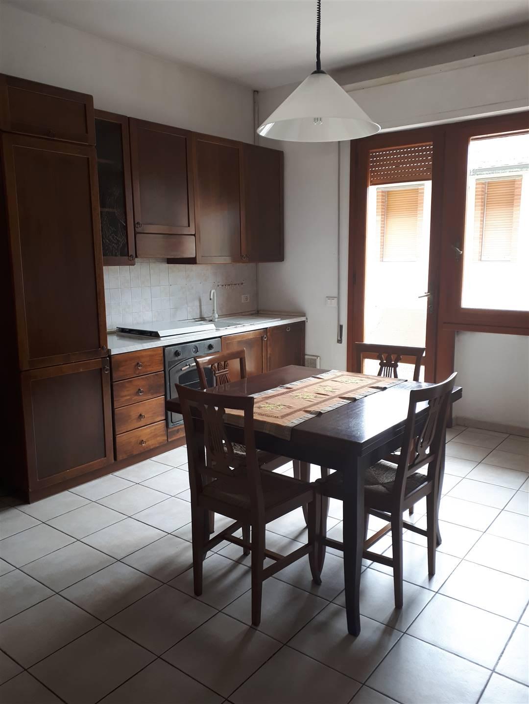 MONSUMMANO TERME, Appartamento in affitto di 70 Mq, Buone condizioni, Riscaldamento Autonomo, Classe energetica: G, Epi: 175 kwh/m2 anno, posto al