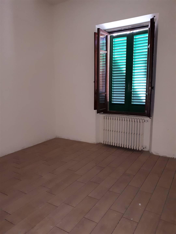 MONSUMMANO TERME, Appartamento in affitto di 75 Mq, Ristrutturato, Riscaldamento Autonomo, Classe energetica: F, Epi: 175 kwh/m2 anno, posto al piano