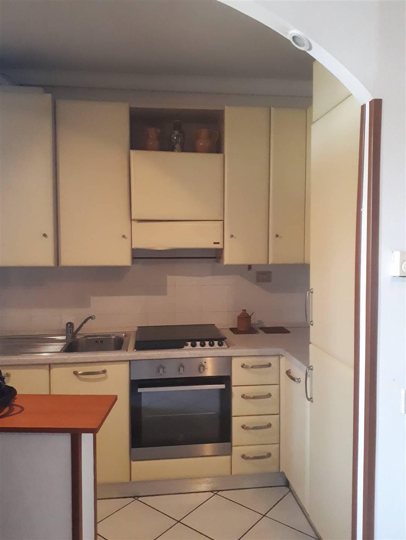 MONSUMMANO TERME, Appartamento in vendita di 68 Mq, Buone condizioni, Riscaldamento Autonomo, Classe energetica: G, Epi: 175 kwh/m2 anno, posto al