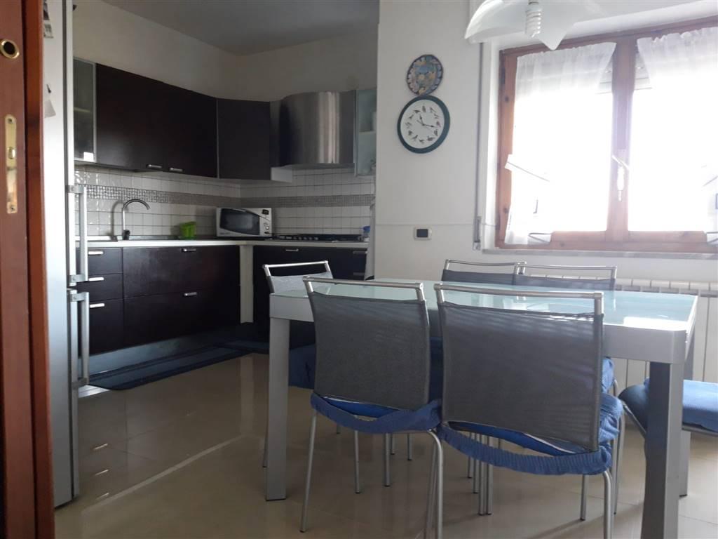 ANGRI, Appartamento in vendita di 110 Mq, Ristrutturato, Riscaldamento Autonomo, Classe energetica: G, Epi: 0 kwh/m2 anno, posto al piano 3°,