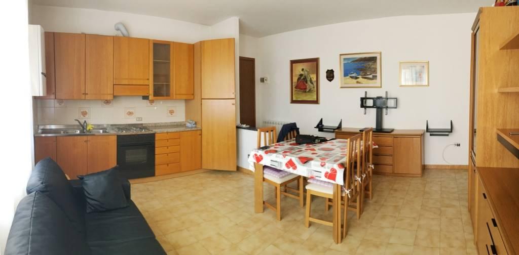 Appartamento in vendita a Chioggia, 4 locali, zona Località: SANTANNA, prezzo € 100.000 | CambioCasa.it