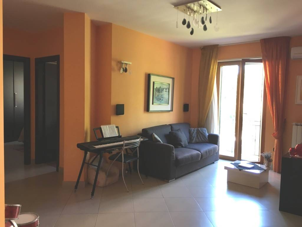 Appartamento in vendita a Atripalda, 3 locali, prezzo € 125.000 | CambioCasa.it