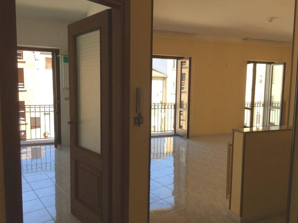 Appartamento in affitto a Atripalda, 3 locali, prezzo € 450 | CambioCasa.it