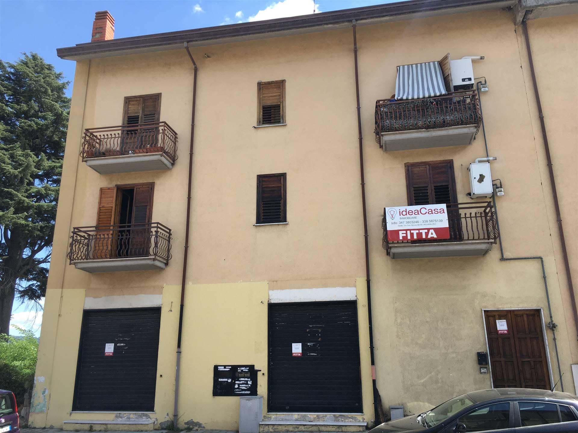 Appartamento in affitto a Avellino, 2 locali, zona Zona: Semicentro, prezzo € 250 | CambioCasa.it