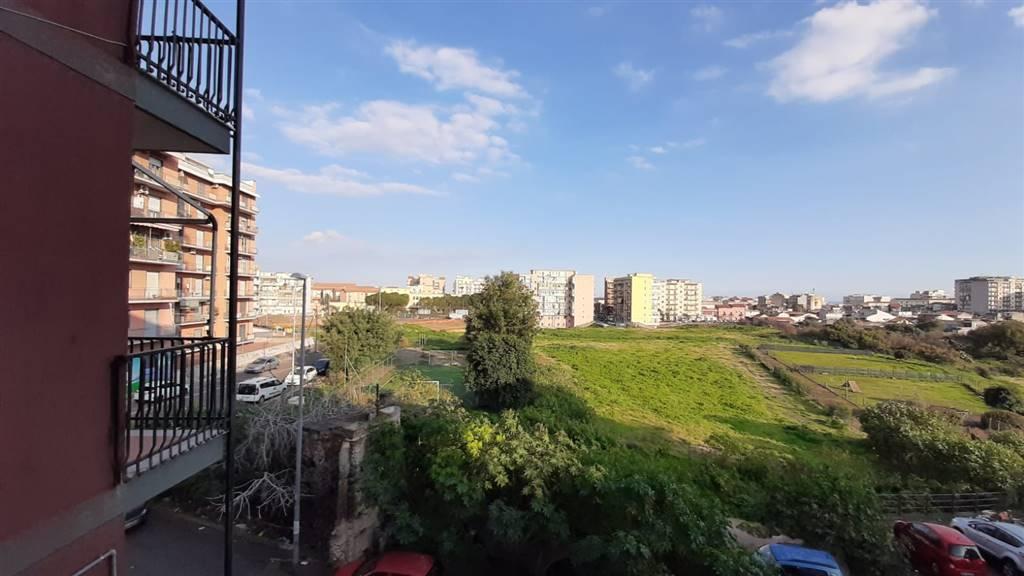 Quadrilocale, Cibali, Catania, da ristrutturare