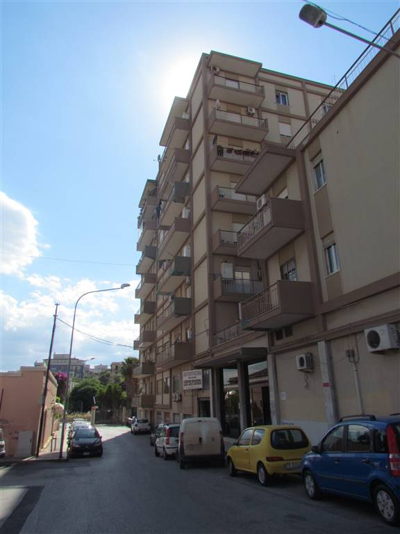 We have a 90 sqm apartment. located on the seventh floor, comprising entrance hall, three bedrooms, kitchenette, bathroom and closet. With garage of