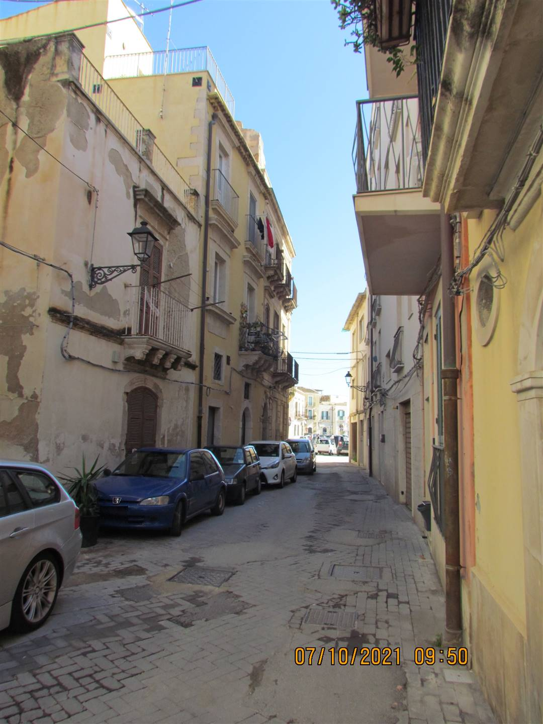 We have a 33 sqm apartment located on the second floor and composing by entrance hall, living room-kitchen and bathroom, on the third floor there is