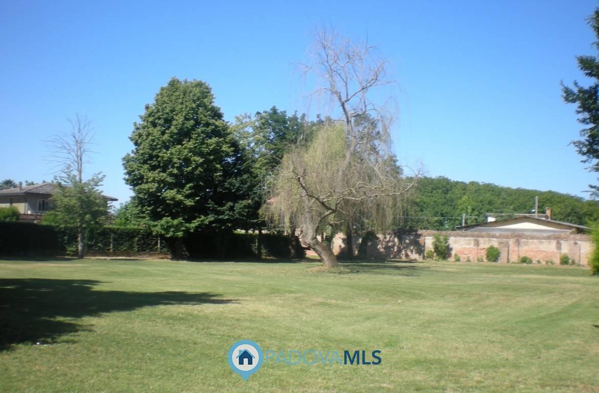 Villa in vendita a Candiana, 5 locali, zona Zona: Pontecasale, Trattative riservate | CambioCasa.it