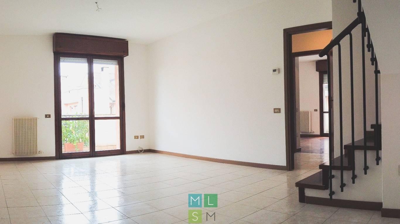 Appartamento in vendita a Padova, 5 locali, zona Sud-Est (S.Croce-S. Osvaldo, Bassanello-Voltabarozzo), prezzo € 170.000 | PortaleAgenzieImmobiliari.it