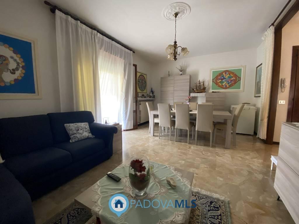 Appartamento in vendita a Bovolenta, 4 locali, zona aragna, prezzo € 65.000   PortaleAgenzieImmobiliari.it