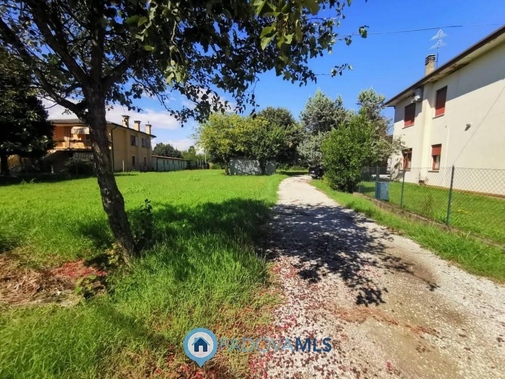 Villa Bifamiliare in Vendita a Campo San Martino
