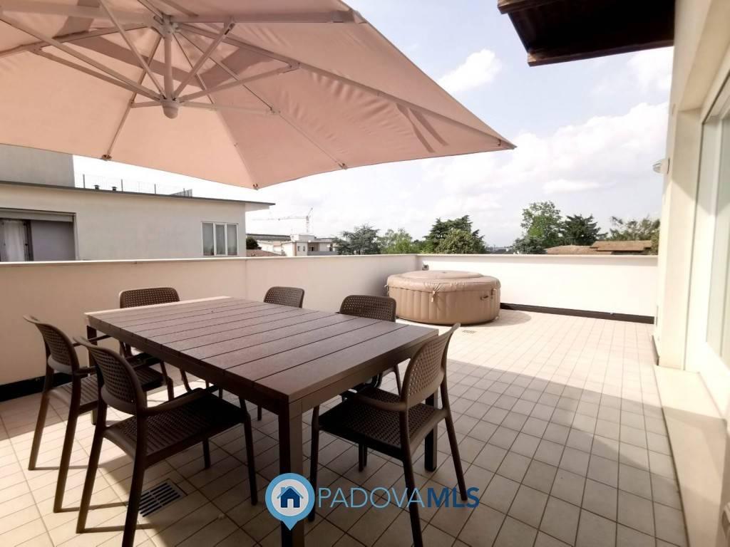 Appartamento in vendita a Curtarolo, 5 locali, prezzo € 220.000 | PortaleAgenzieImmobiliari.it