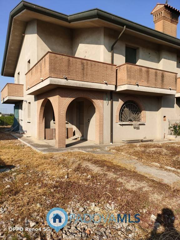 Villa Bifamiliare in vendita a Arre, 3 locali, prezzo € 130.000 | CambioCasa.it