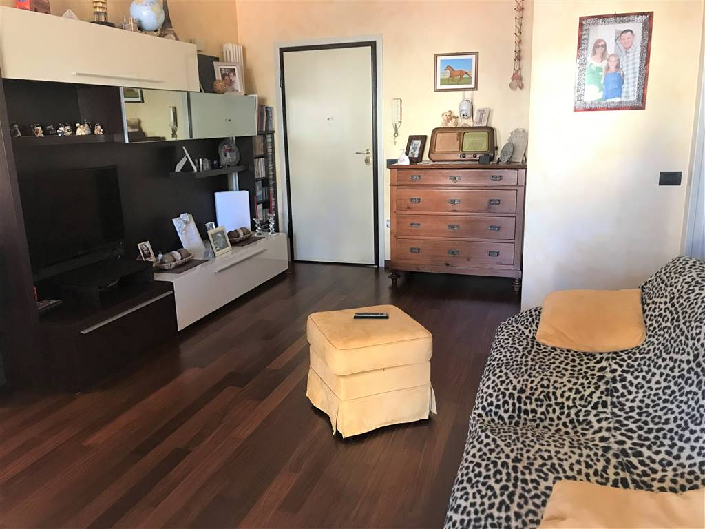 Appartamento in vendita a Riccione, 3 locali, prezzo € 212.000   CambioCasa.it