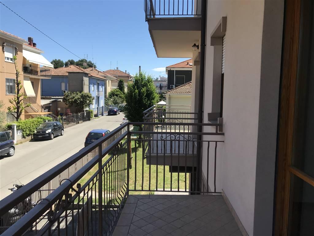 Appartamento in vendita a Rimini, 4 locali, prezzo € 270.000 | CambioCasa.it