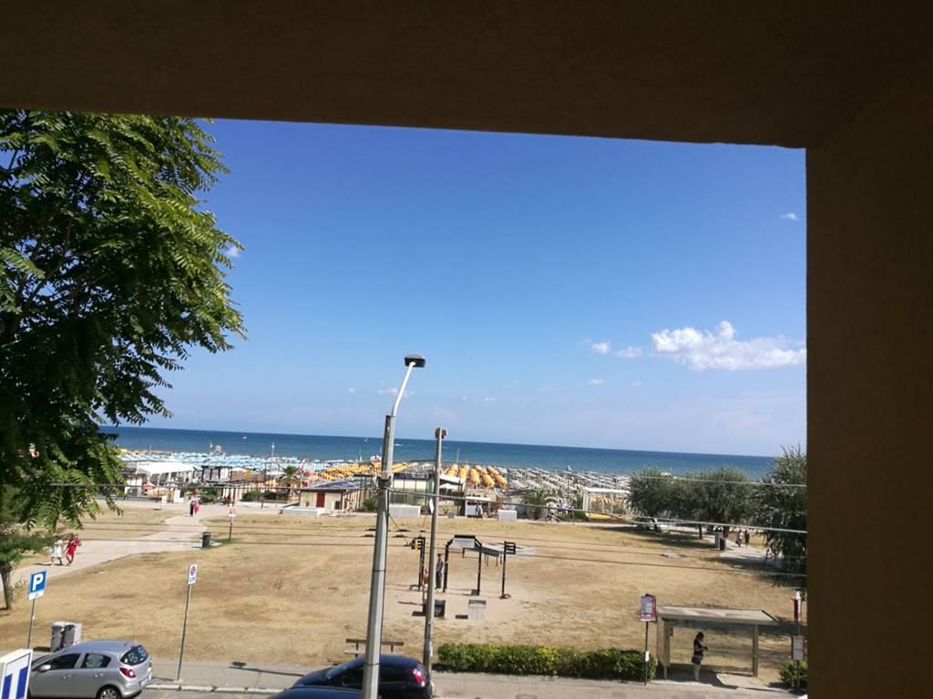 Appartamento in vendita a Rimini, 2 locali, zona Zona: Marebello, prezzo € 270.000 | CambioCasa.it