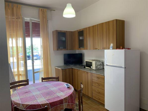 Appartamento in vendita a Rimini, 3 locali, zona Zona: Rivazzurra, prezzo € 130.000 | CambioCasa.it
