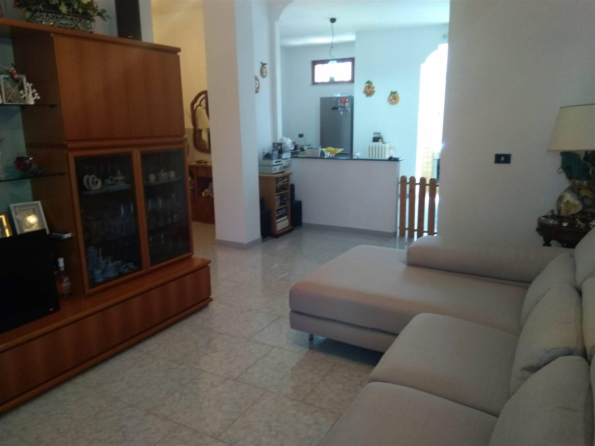 Appartamento in vendita a Brindisi, 4 locali, zona ano, prezzo € 120.000 | PortaleAgenzieImmobiliari.it