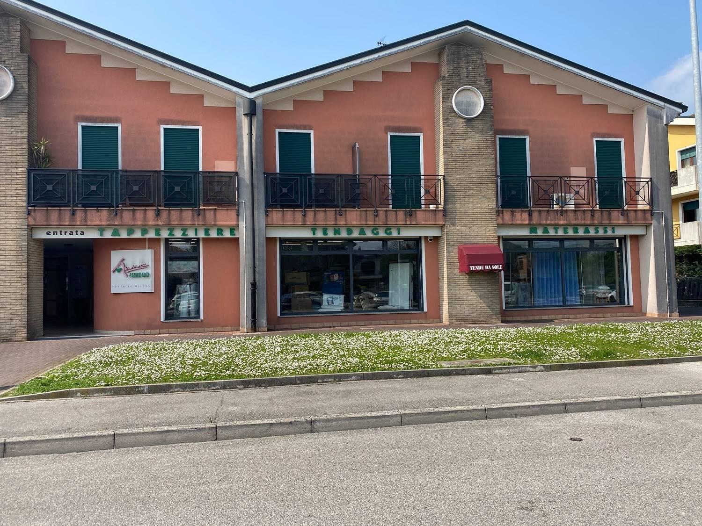 Negozio / Locale in affitto a Conselve, 1 locali, prezzo € 1.550 | CambioCasa.it