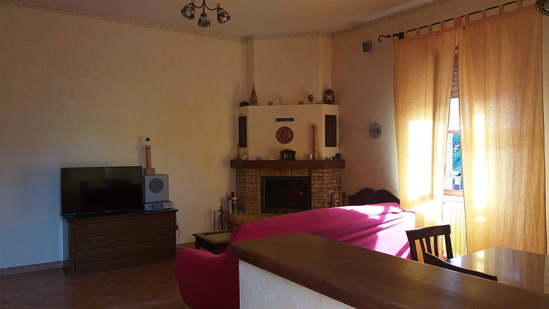 ULIVETO, CIVITAVECCHIA, Apartment for sale of 131 Sq. mt., Good condition, Heating Individual heating system, Energetic class: G, Epi: 175 kwh/m2