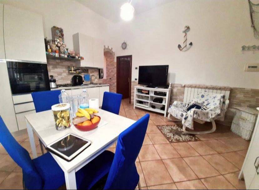 CENTRO, CIVITAVECCHIA, Apartment for sale of 50 Sq. mt., Restored, Heating Individual heating system, Energetic class: G, placed at Ground, composed