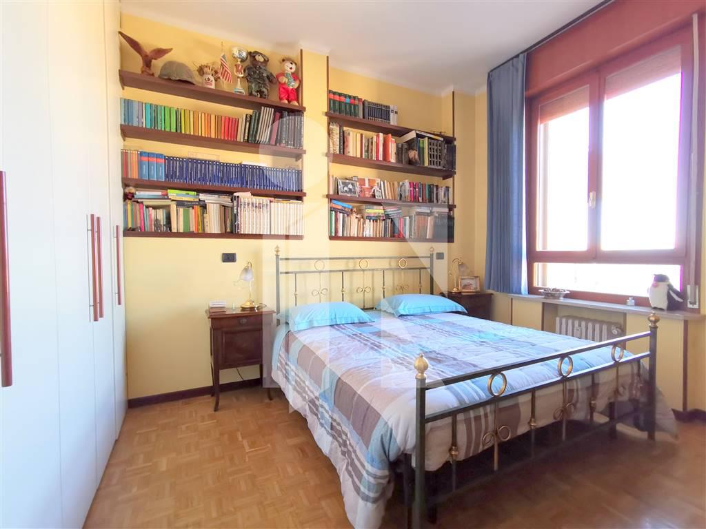 Ampio appartamento con tre camere da letto