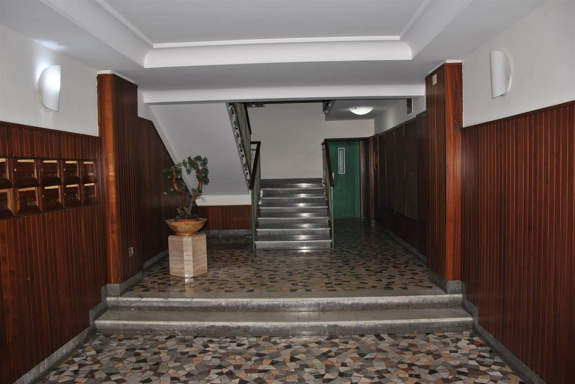 Foto ingresso stabile