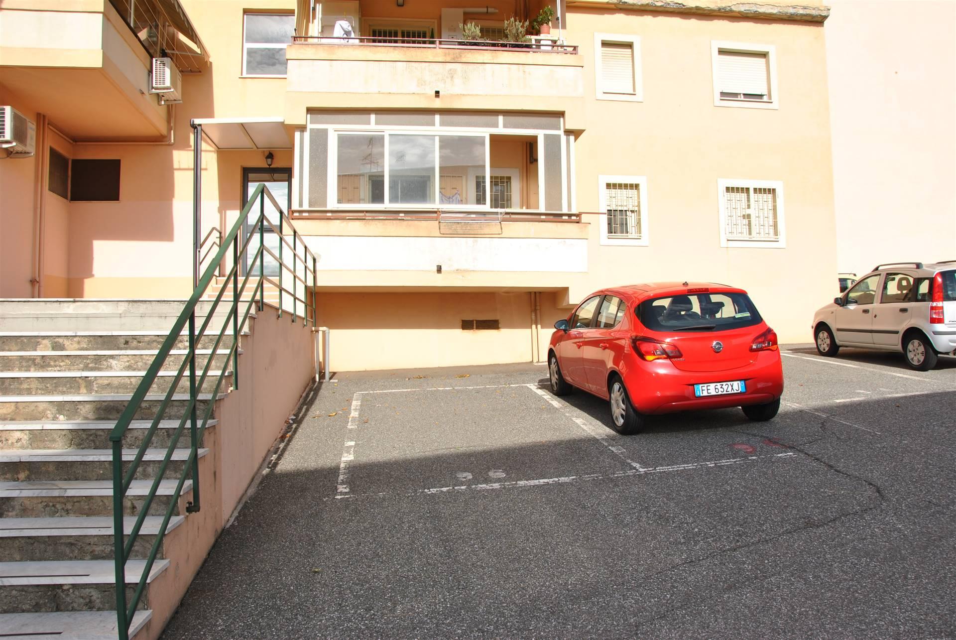 Foto posto auto 2