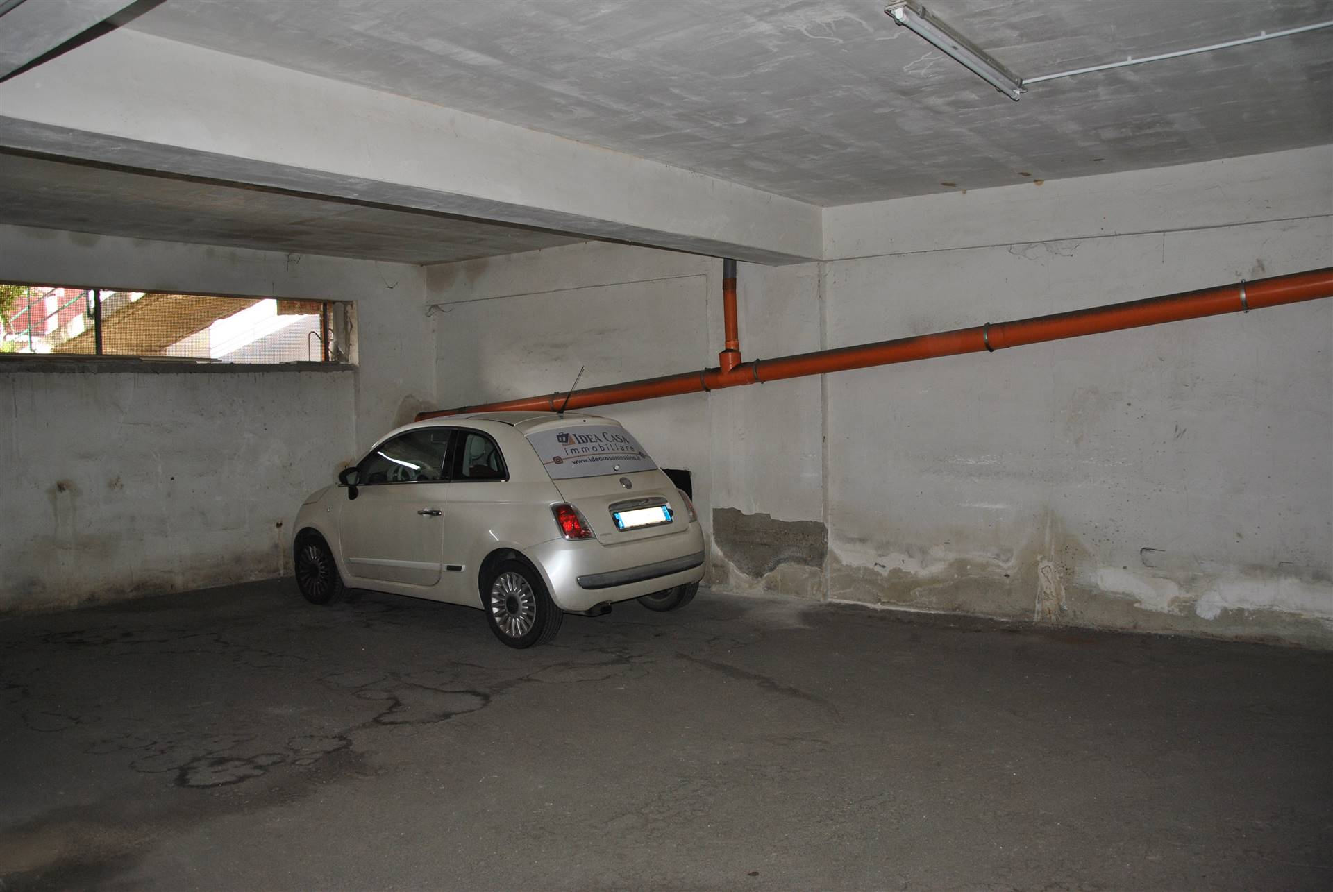 Foto posto auto 1