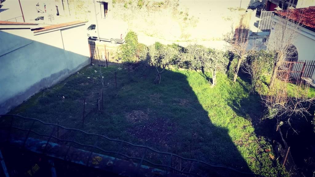 Appartamento in vendita a San Martino Valle Caudina, 3 locali, prezzo € 55.000   CambioCasa.it