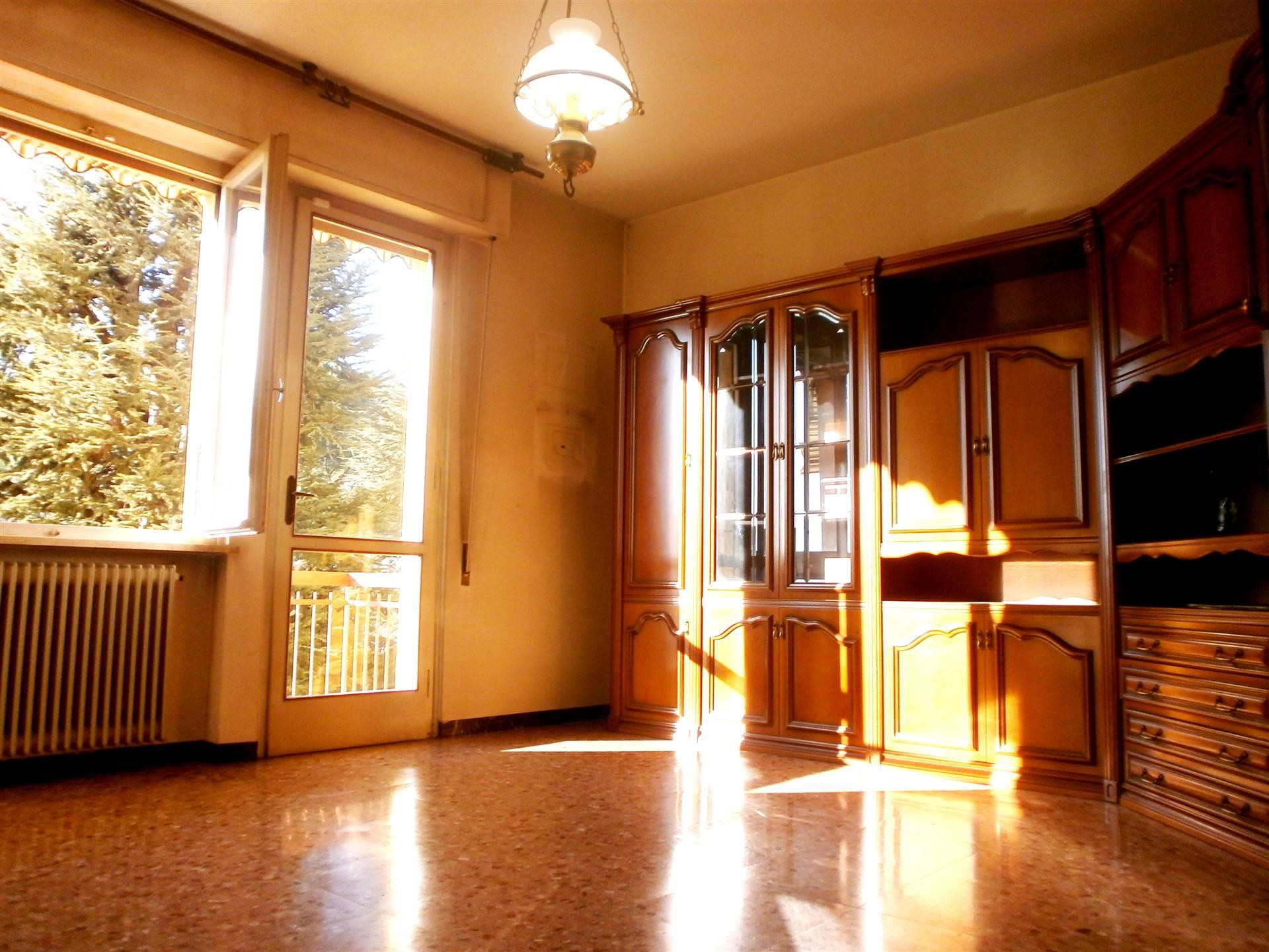 Appartamento in vendita a Montecatini-Terme, 5 locali, prezzo € 105.000   PortaleAgenzieImmobiliari.it