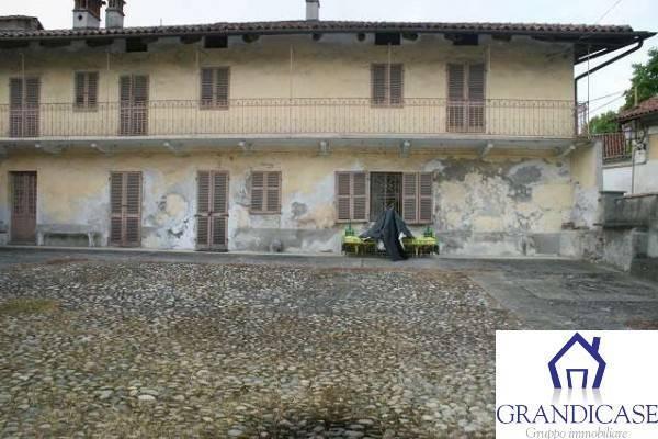 Soluzione Indipendente in vendita a Monteu da Po, 10 locali, prezzo € 47.000 | CambioCasa.it