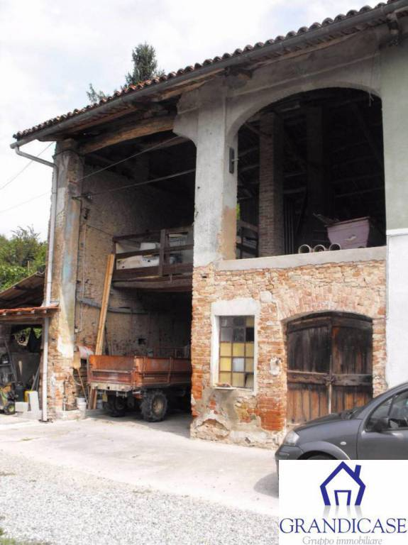 Rustico / Casale in vendita a San Sebastiano da Po, 3 locali, prezzo € 29.000 | CambioCasa.it