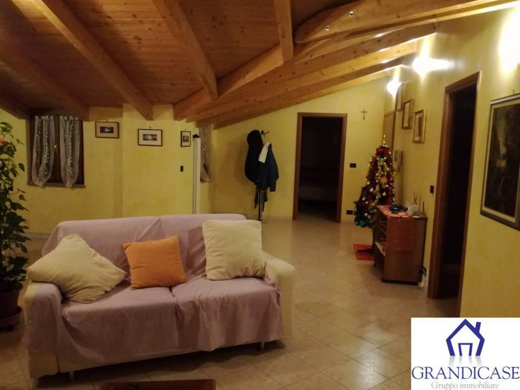 Appartamento in vendita a Montanaro, 5 locali, prezzo € 140.000 | PortaleAgenzieImmobiliari.it