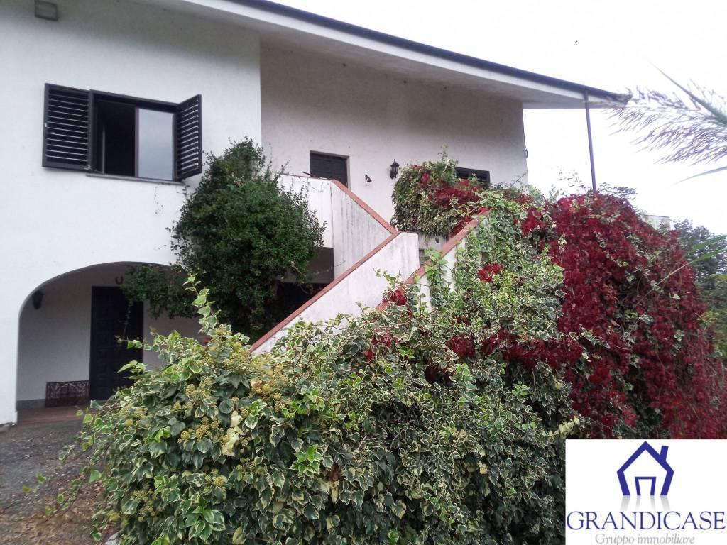 Villa in affitto a Castagneto Po, 8 locali, prezzo € 1.000 | PortaleAgenzieImmobiliari.it