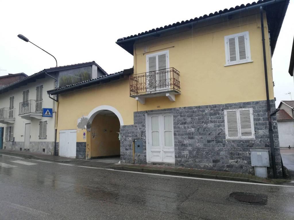 Soluzione Indipendente in vendita a Casalborgone, 7 locali, prezzo € 55.000 | PortaleAgenzieImmobiliari.it