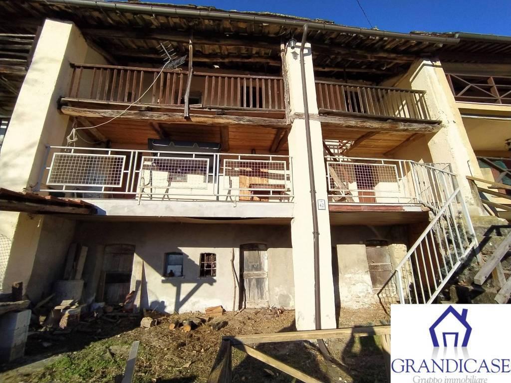 Rustico / Casale in vendita a Colleretto Castelnuovo, 6 locali, prezzo € 26.000   PortaleAgenzieImmobiliari.it