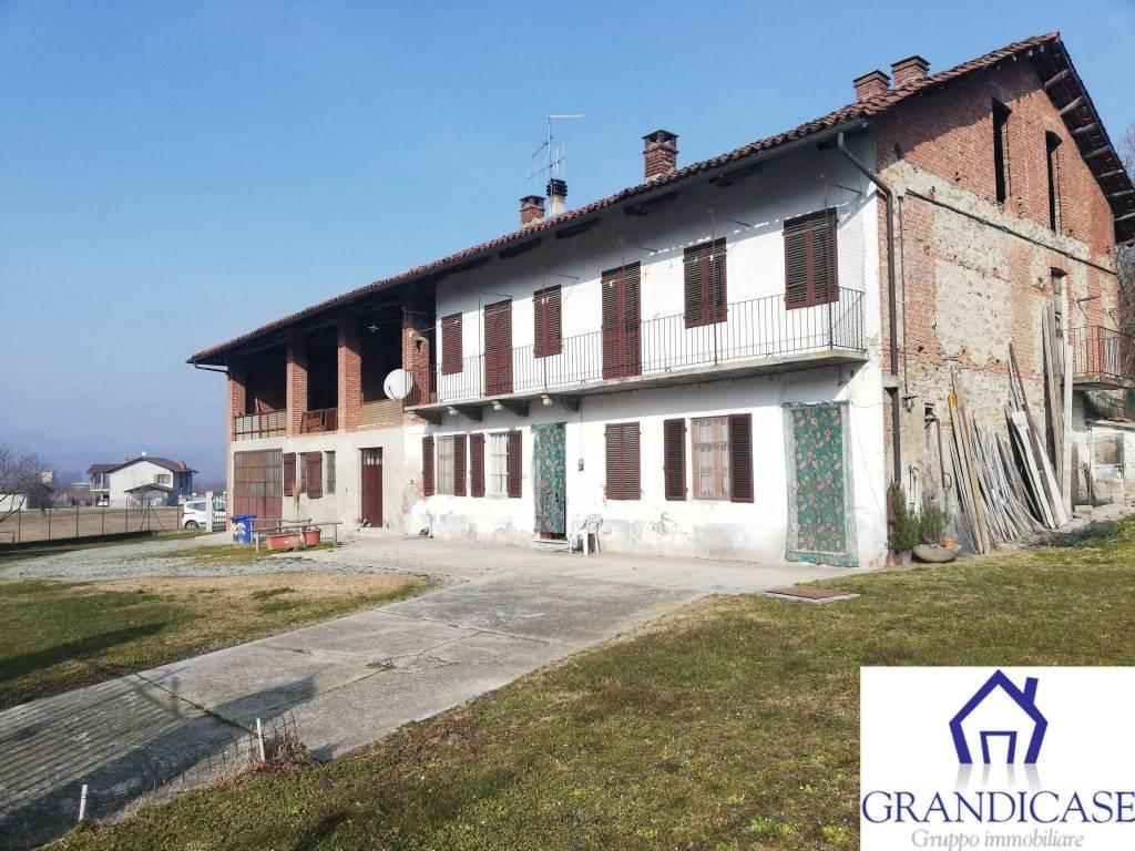 Rustico / Casale in vendita a Casalborgone, 7 locali, prezzo € 139.000 | PortaleAgenzieImmobiliari.it