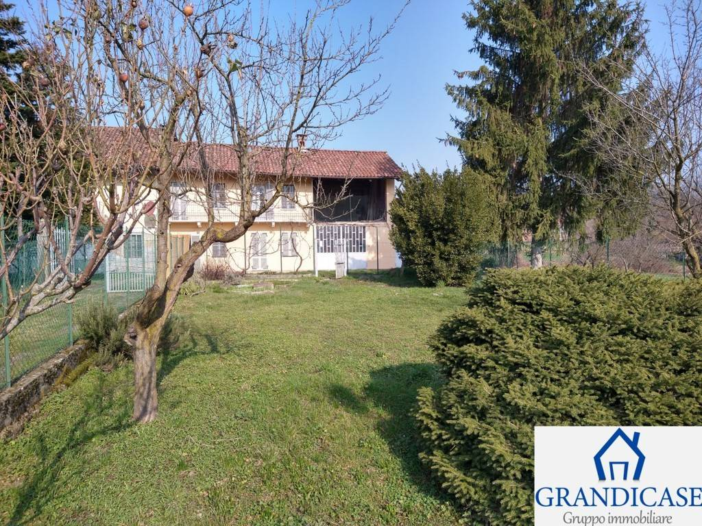 Rustico / Casale in vendita a San Sebastiano da Po, 6 locali, zona Località: COLOMBARO, prezzo € 89.000 | CambioCasa.it