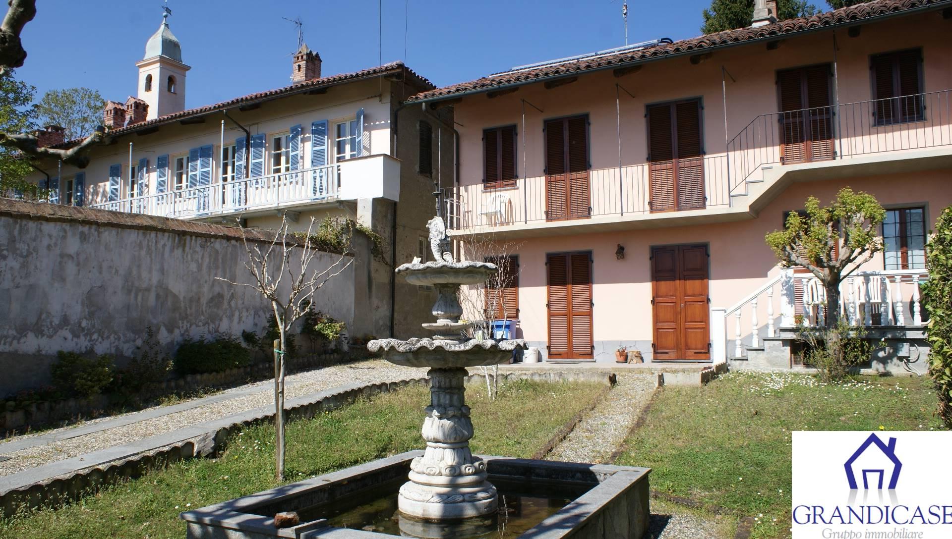 Rustico / Casale in vendita a San Sebastiano da Po, 6 locali, prezzo € 149.000 | CambioCasa.it