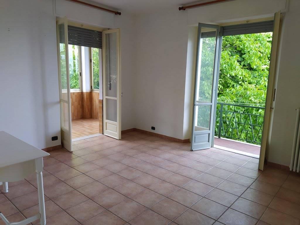 Appartamento in vendita a Robella, 3 locali, prezzo € 25.000   CambioCasa.it