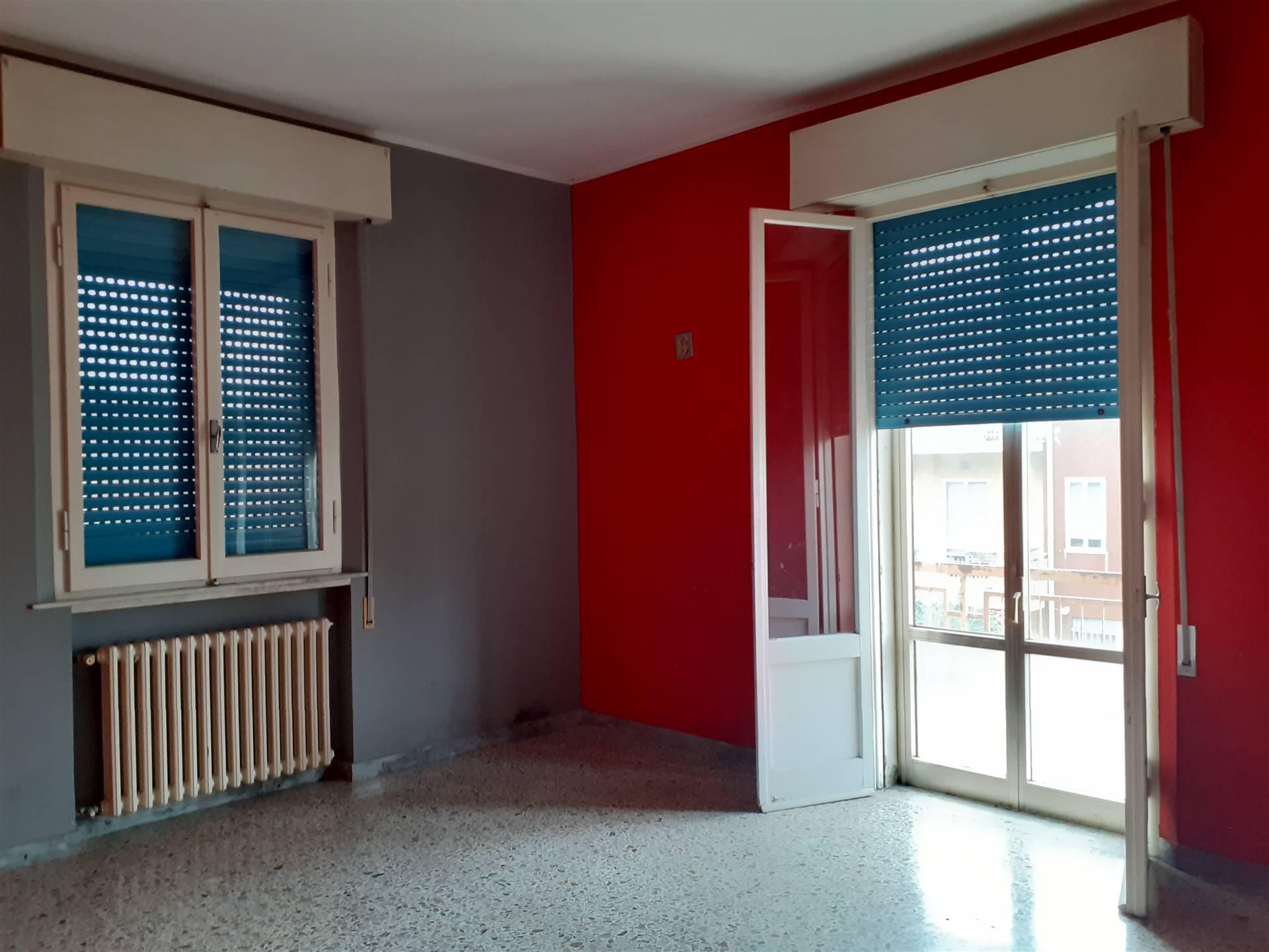 Palazzo / Stabile in Vendita a Rimini