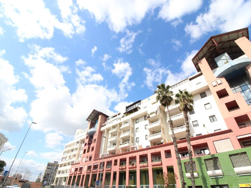 SAN GIROLAMO / FESCA, BARI, Apartment for sale of 100 Sq. mt., Habitable, placed at 4°, composed by: 3 Rooms, Separate kitchen, , 2 Bedrooms, 2 Bathrooms, Elevator, Price: € 175,000